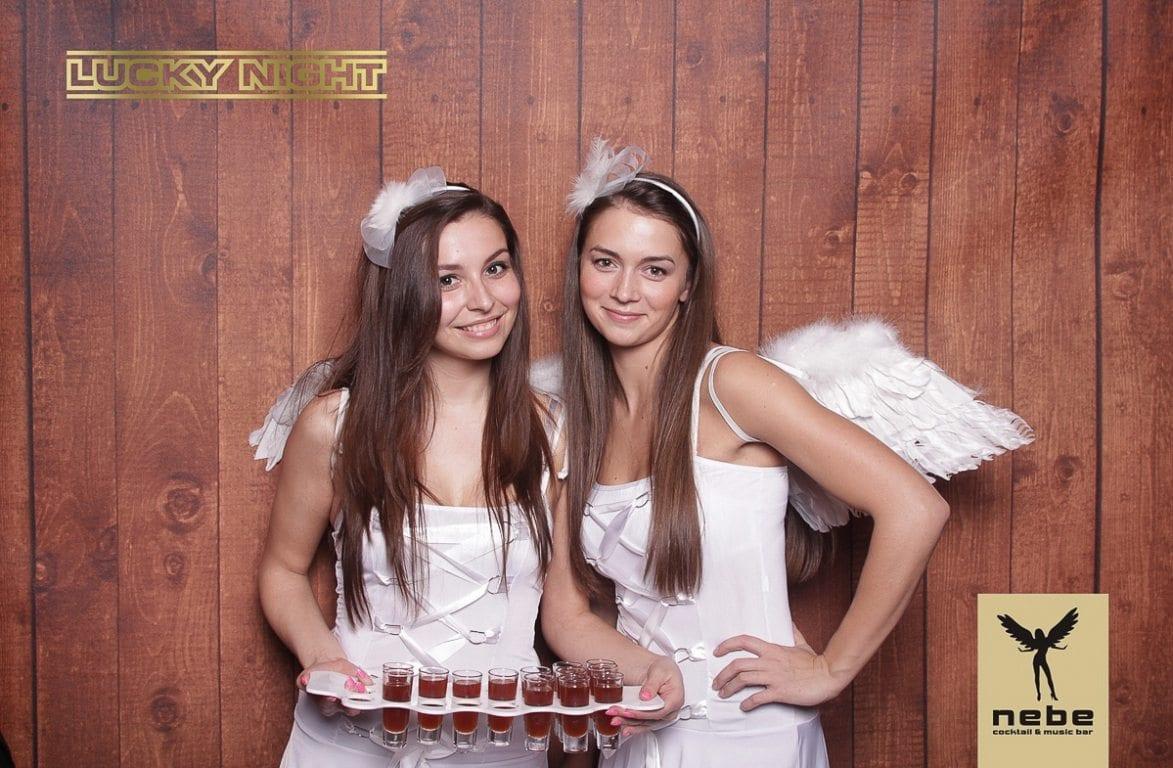 fotokoutek-lucky-night-nebe-praha-56564