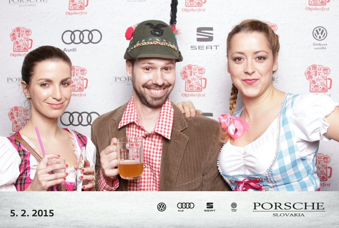 fotokoutek-porsche-slovakia-oktoberfest-55990