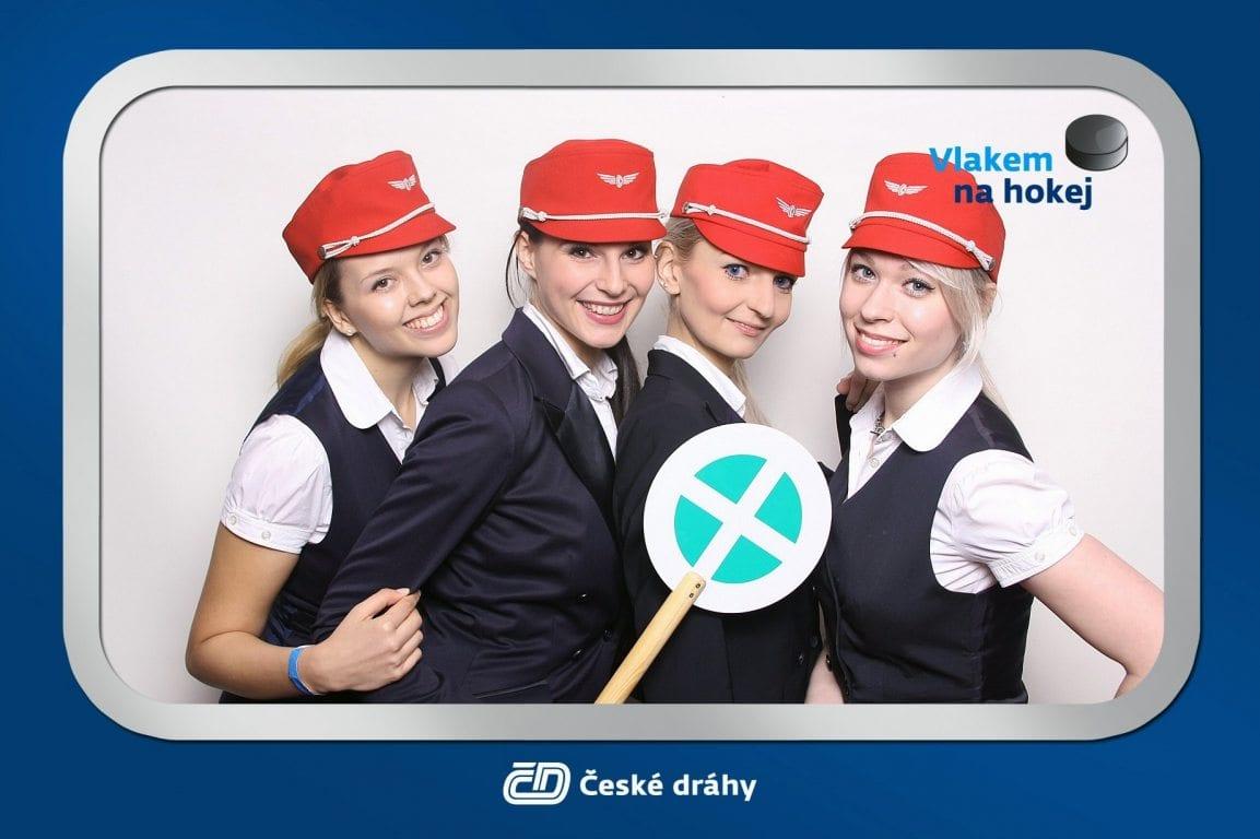 fotokoutek-ceske-drahy-vlakem-na-hokej-55980