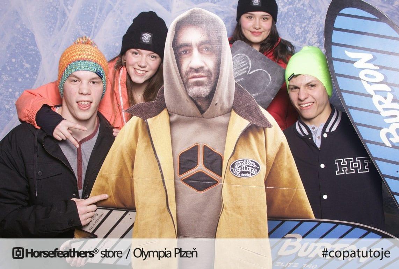 fotokoutek-plzen-promo-akce-horsefeathers-store-olympia-plzen-55956