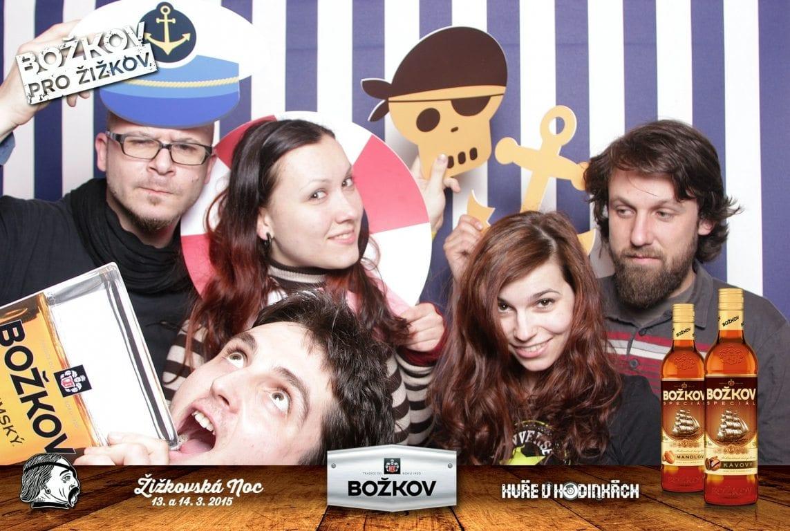 fotokoutek-bozkov-zizkovska-noc-kure-v-hodinkach-55924