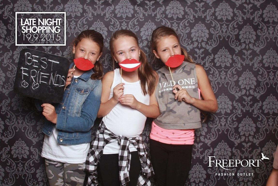 fotokoutek-late-night-shopping-freeport-fashion-outlet-55456