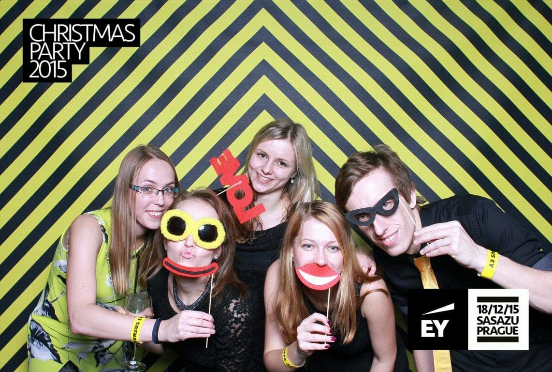 fotokoutek-ey-christmas-party-2015-103680