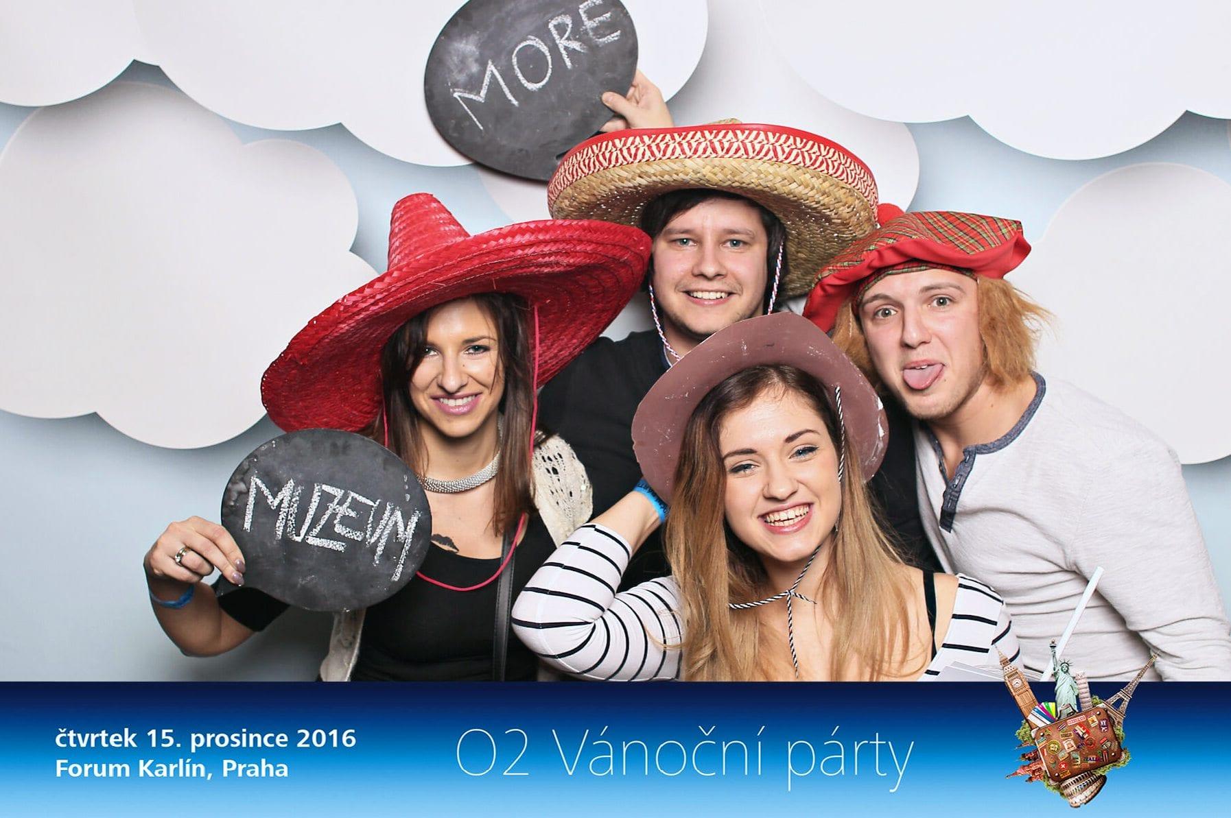 fotokoutek-02-vanocni-vecirek-cast-1-15-12-2016-187988