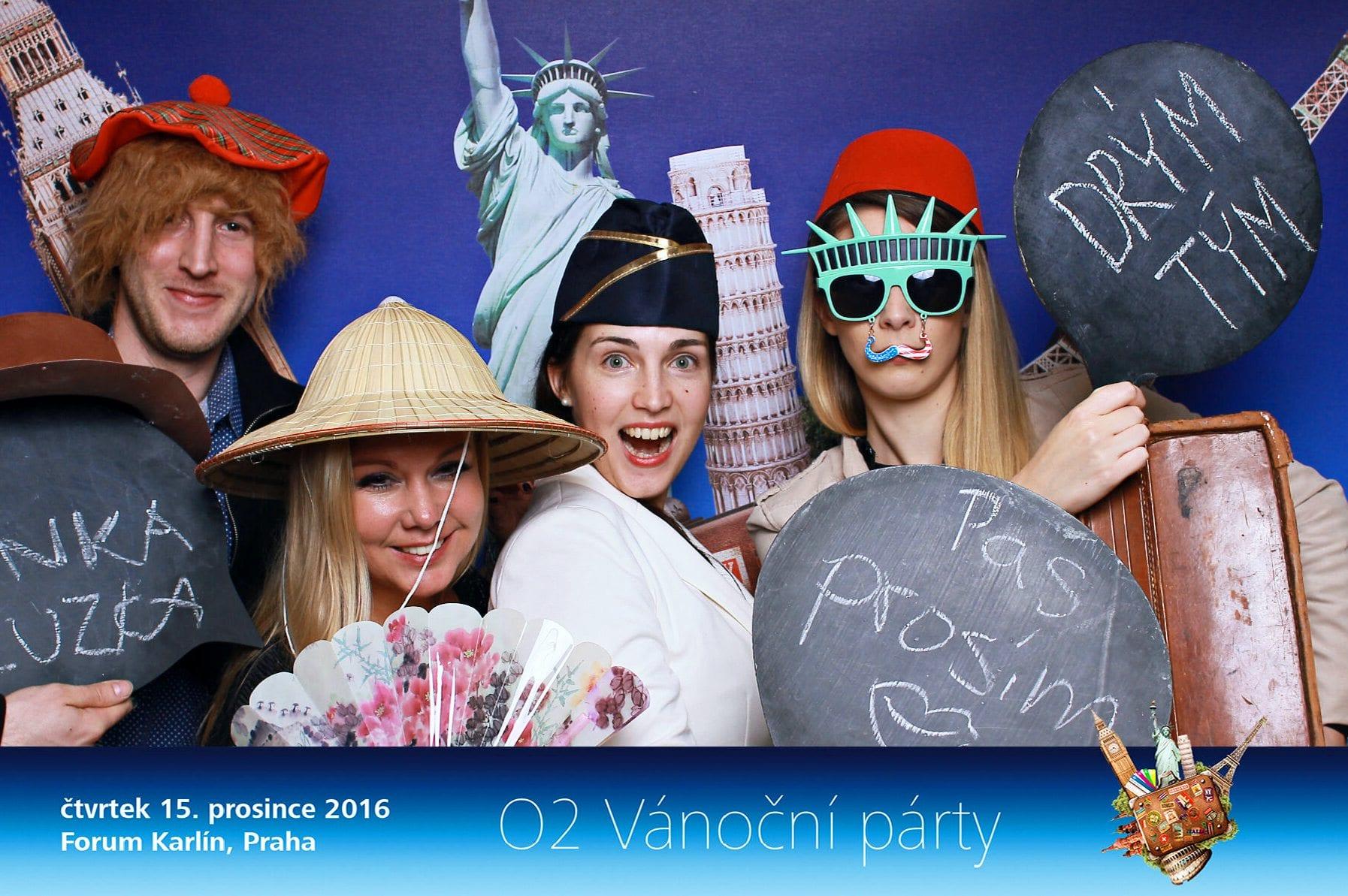 fotokoutek-02-vanocni-vecirek-cast-3-15-12-2016-189716