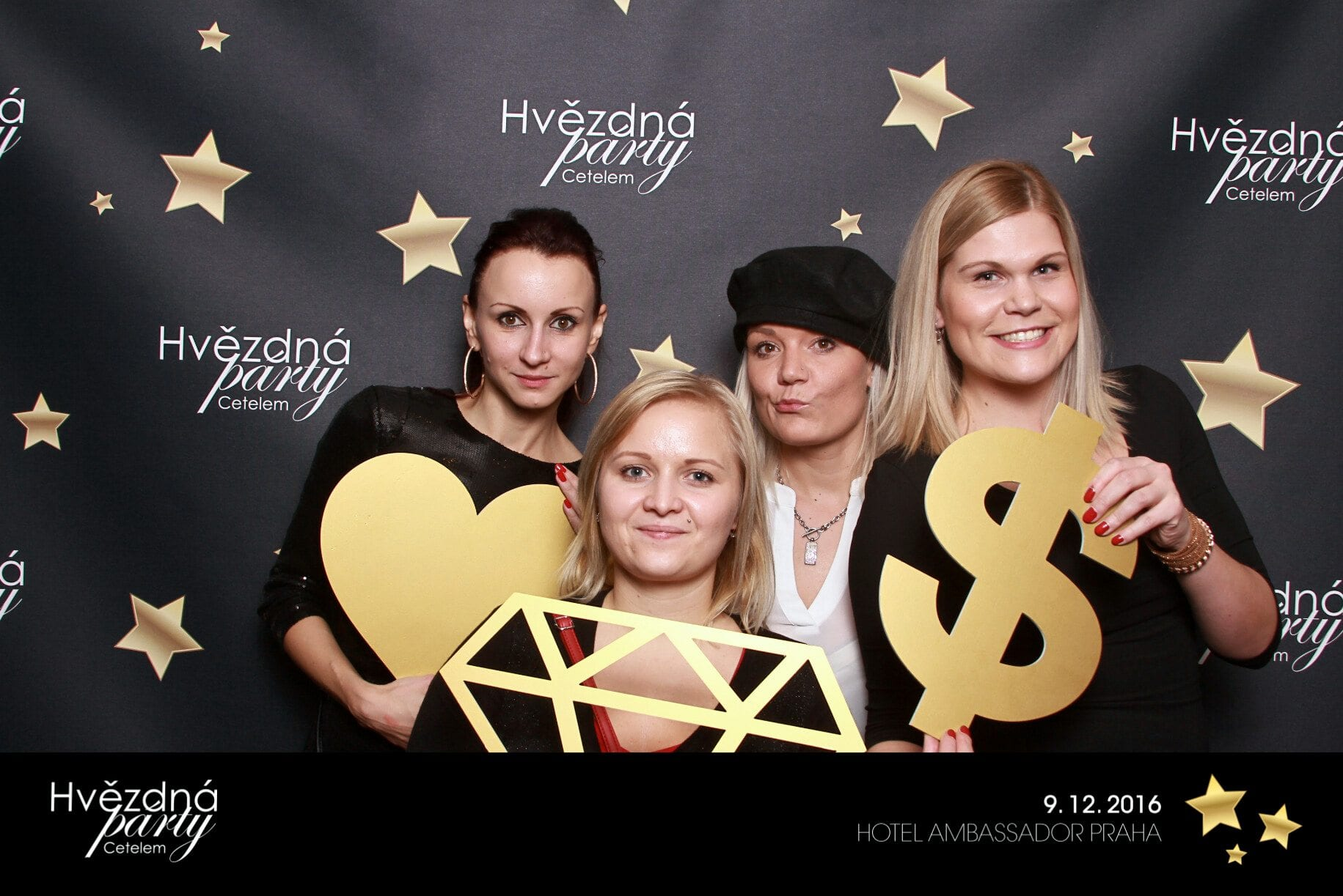 fotokoutek-hvezdna-party-cetelem-9-12-2016-178845