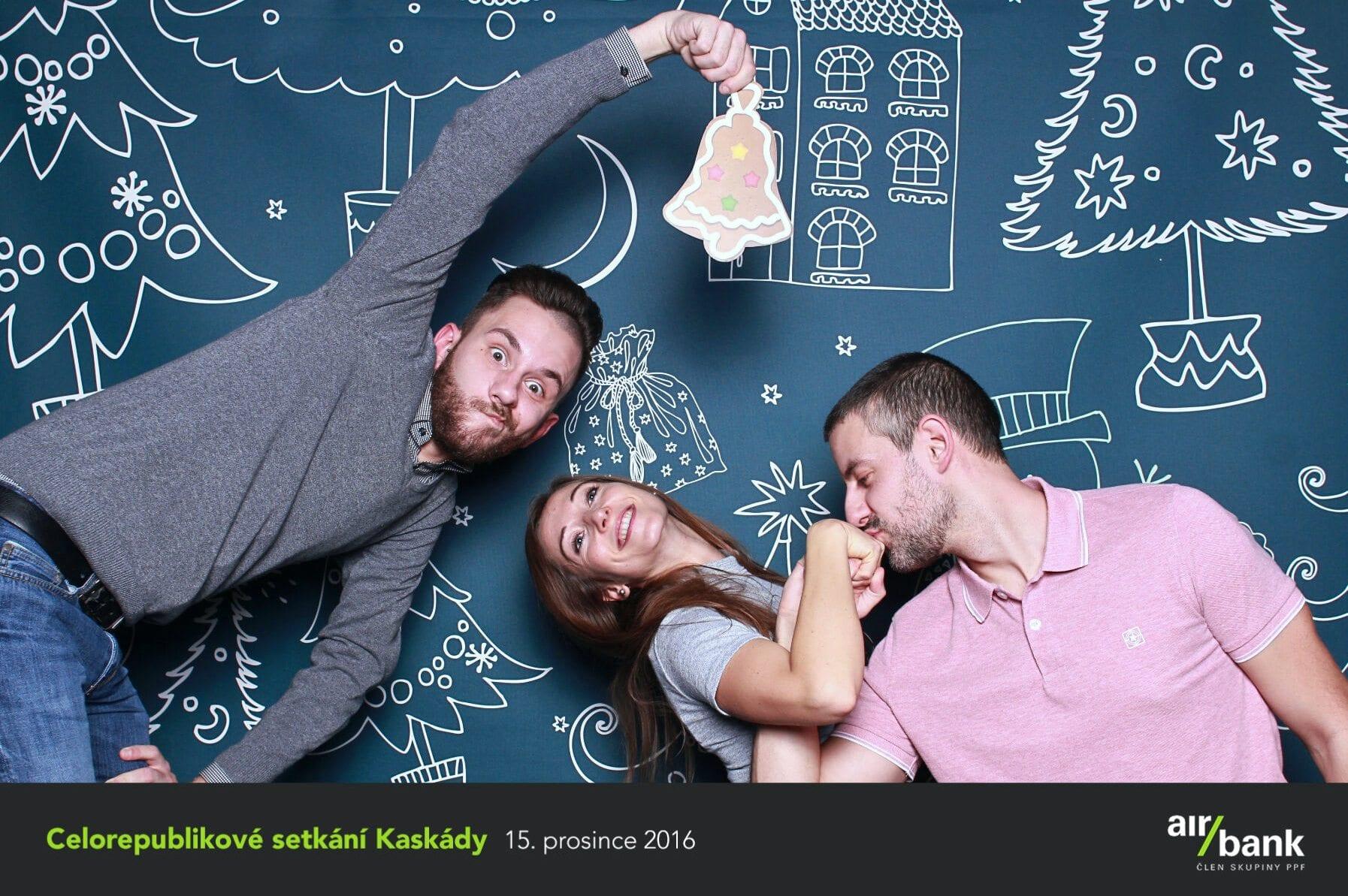 fotokoutek-air-bank-15-12-2016-189678