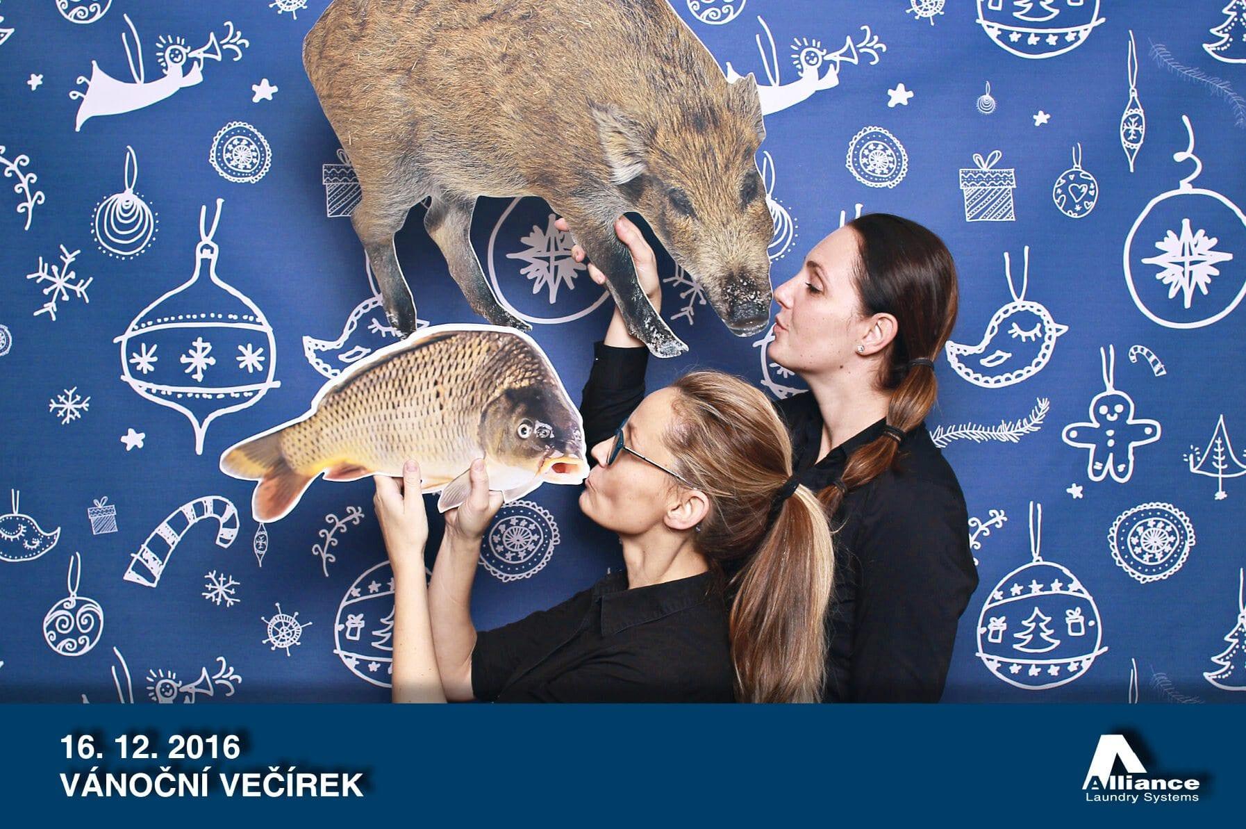 fotokoutek-alliance-loundry-systems-vanocni-vecirek-16-12-2016-192105