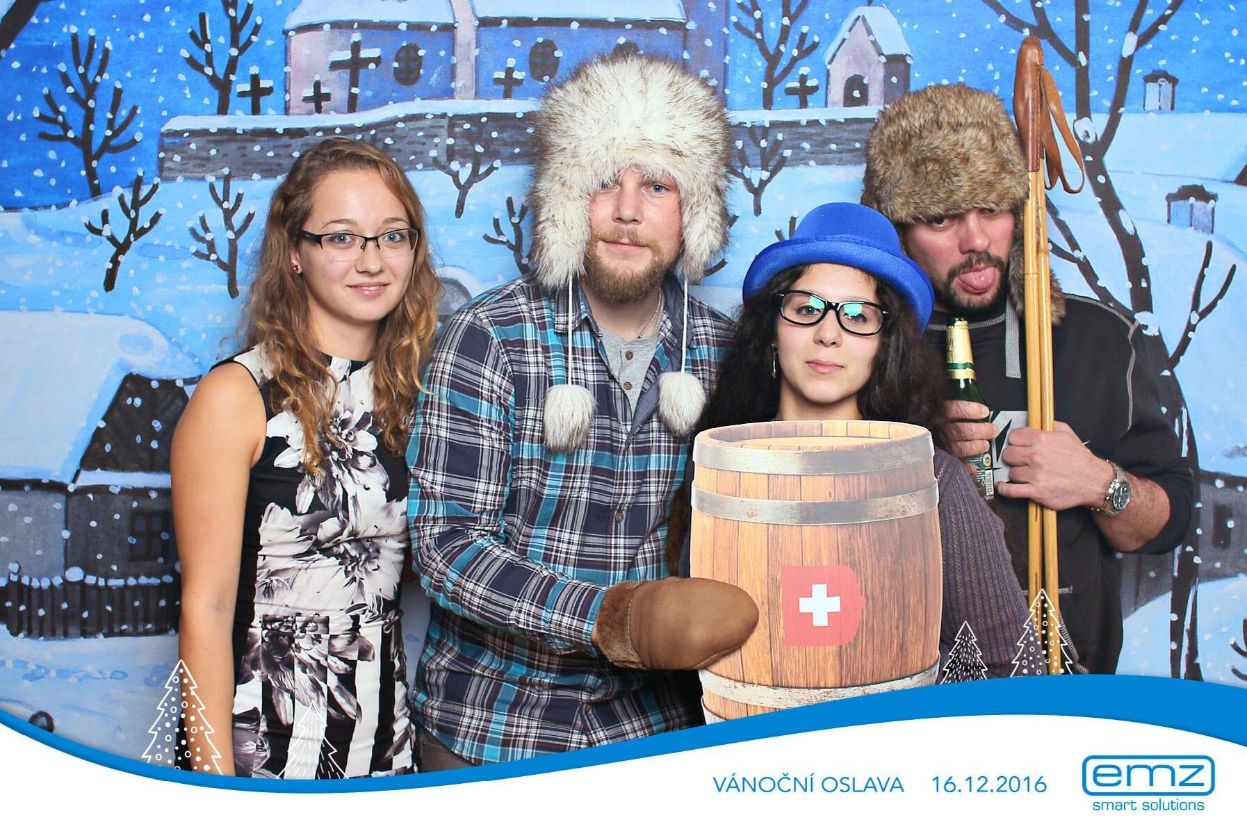 fotokoutek-emz-vanocni-oslava-16-12-2016-195850