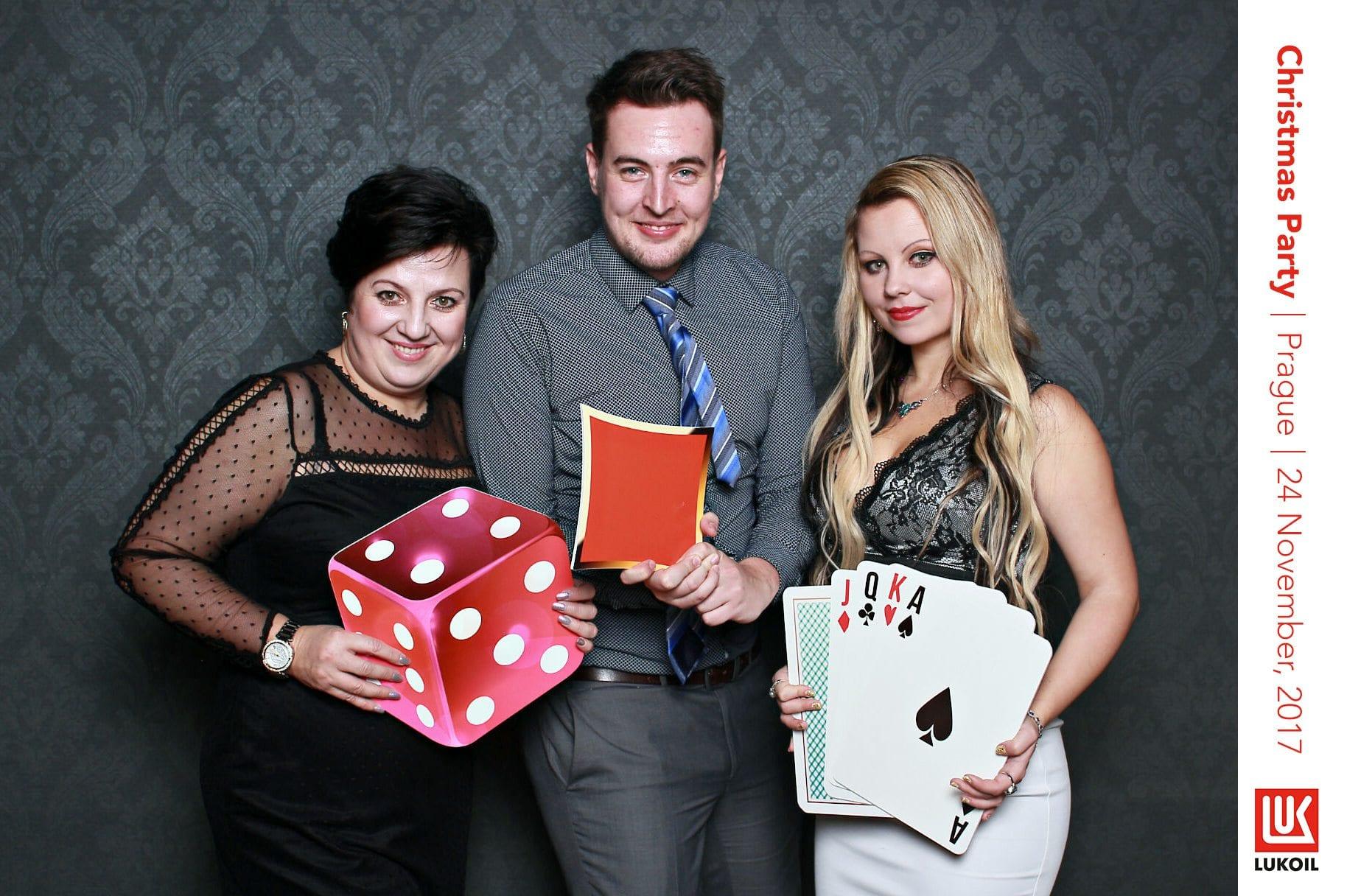 fotokoutek-lukoil-christmas-party-24-11-2017-338491