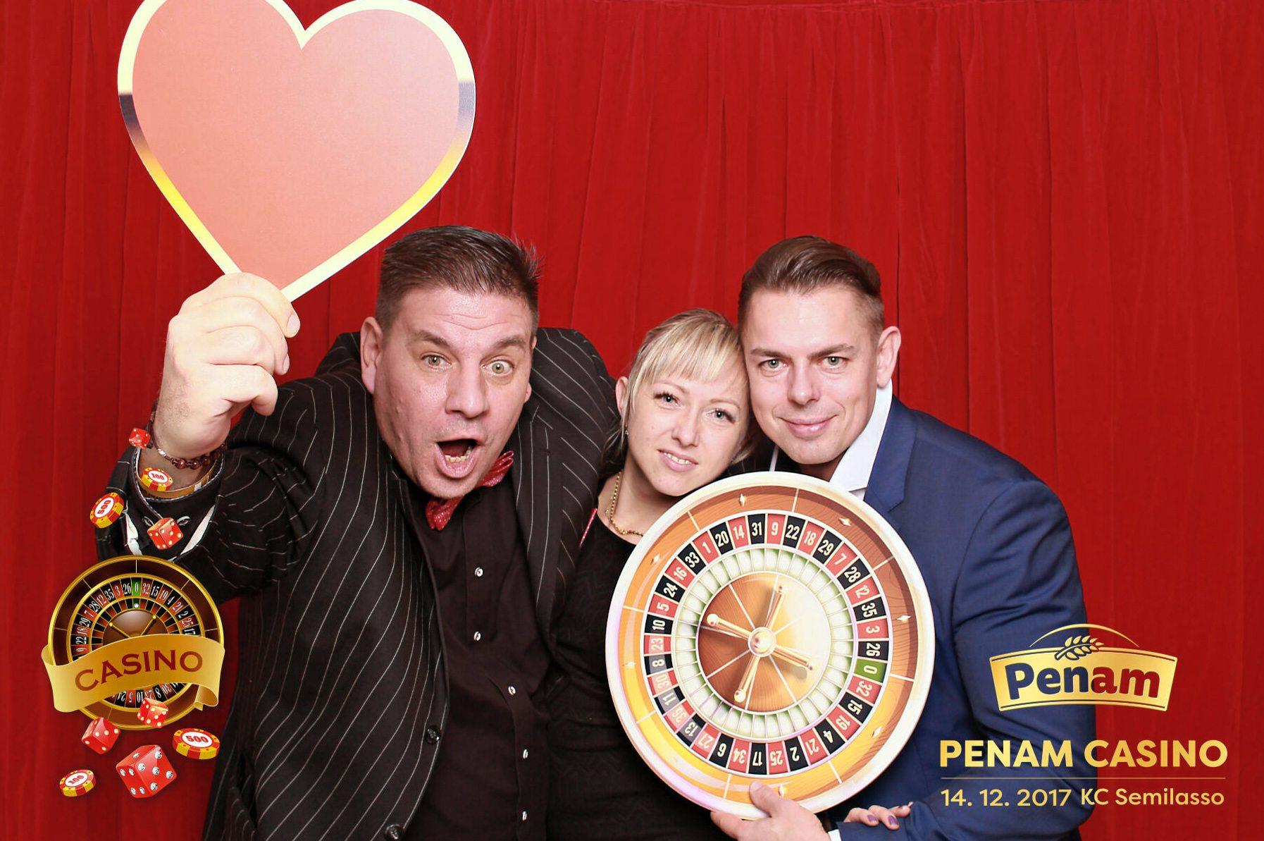 fotokoutek-penam-casino-14-12-2017-364571