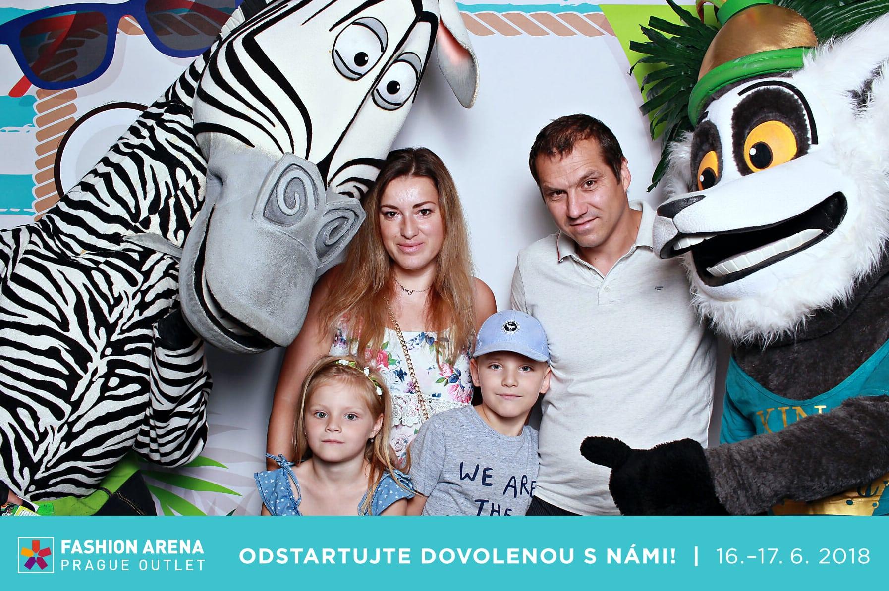 fotokoutek-fashion-arena-odstartujte-sezonu-s-nami-16-6-2018-440432