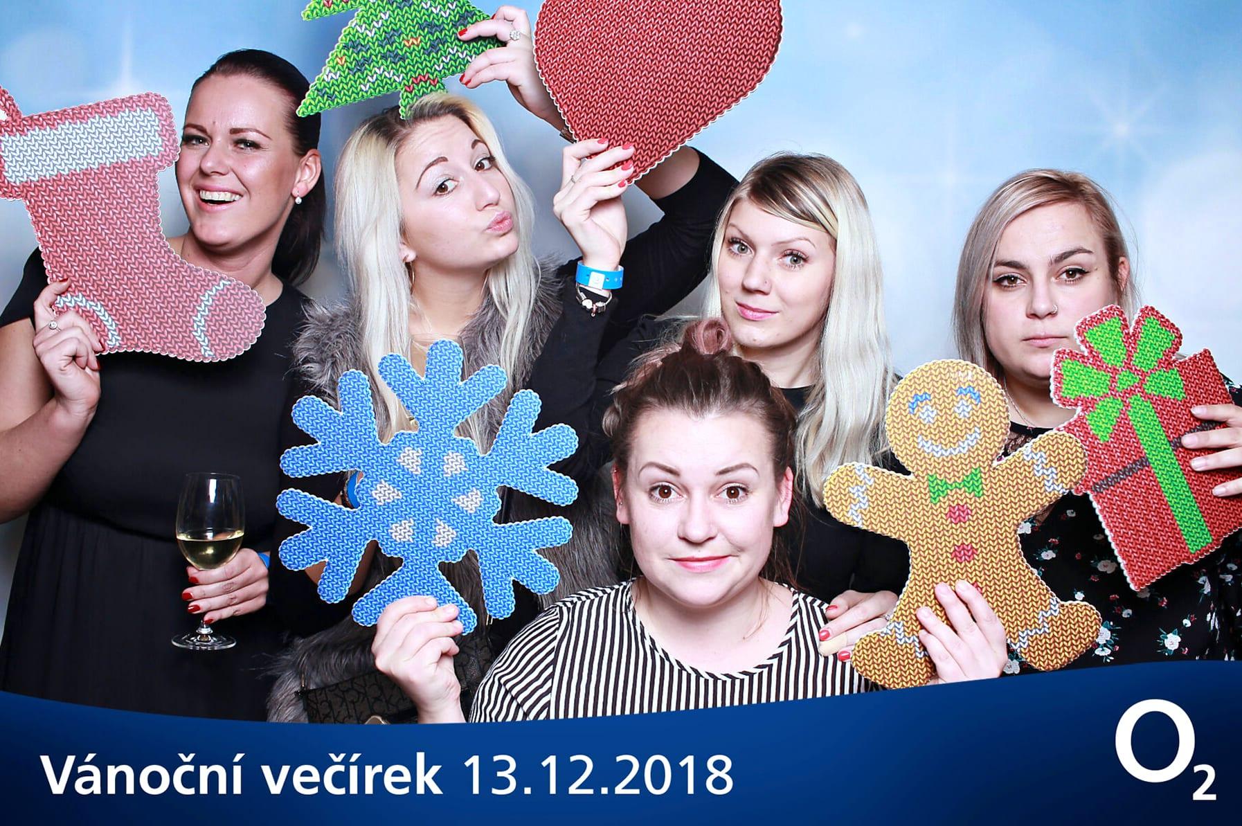 fotokoutek-praha-vanocni-vecirek-02-vanocni-vecirek-13-12-2018-543682