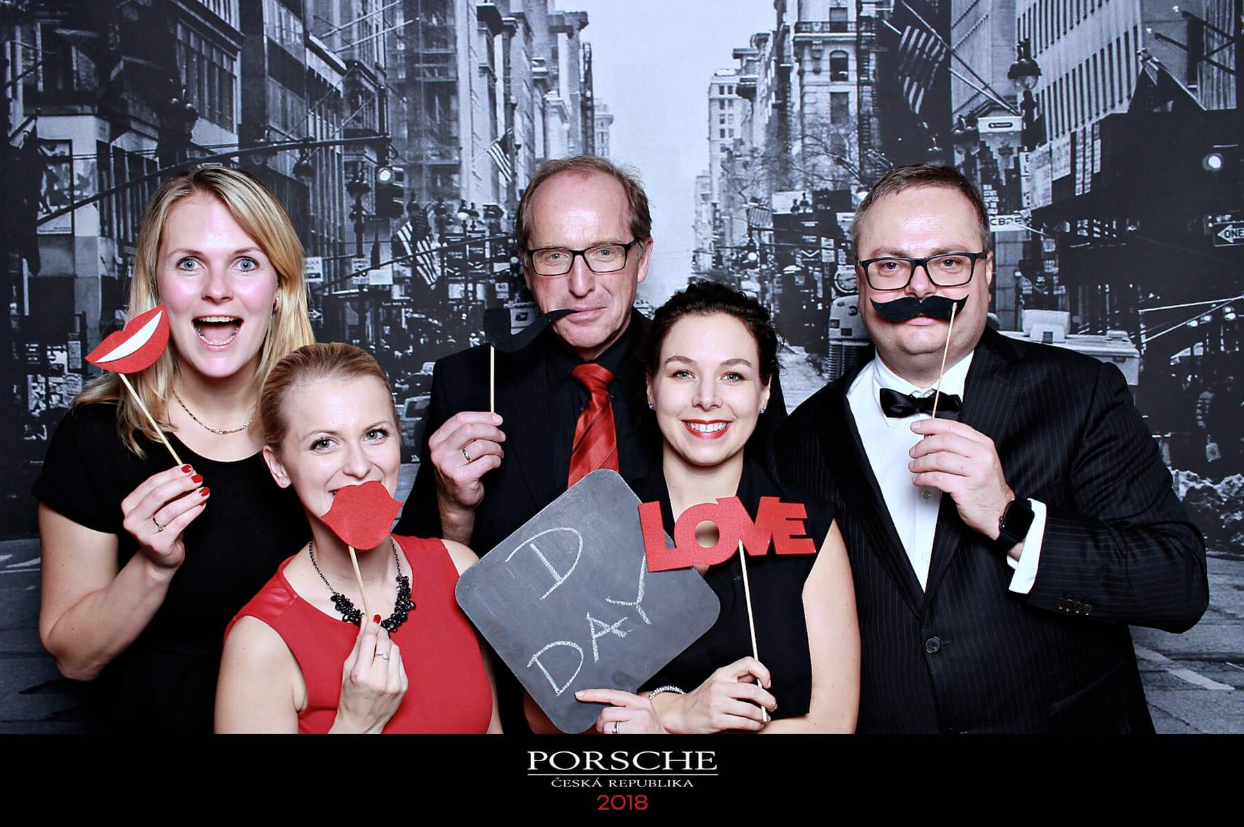 fotokoutek-porsche-18-12-2018-555051