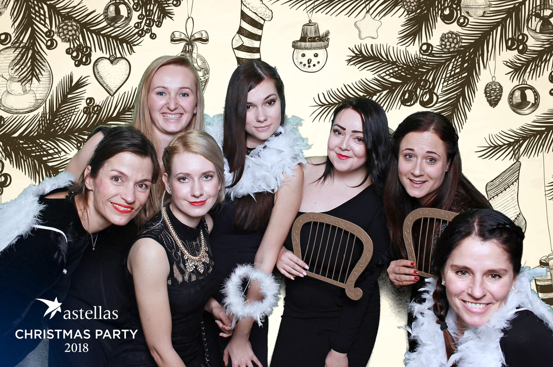 fotokoutek-astellas-christmas-party-13-12-2018-543580