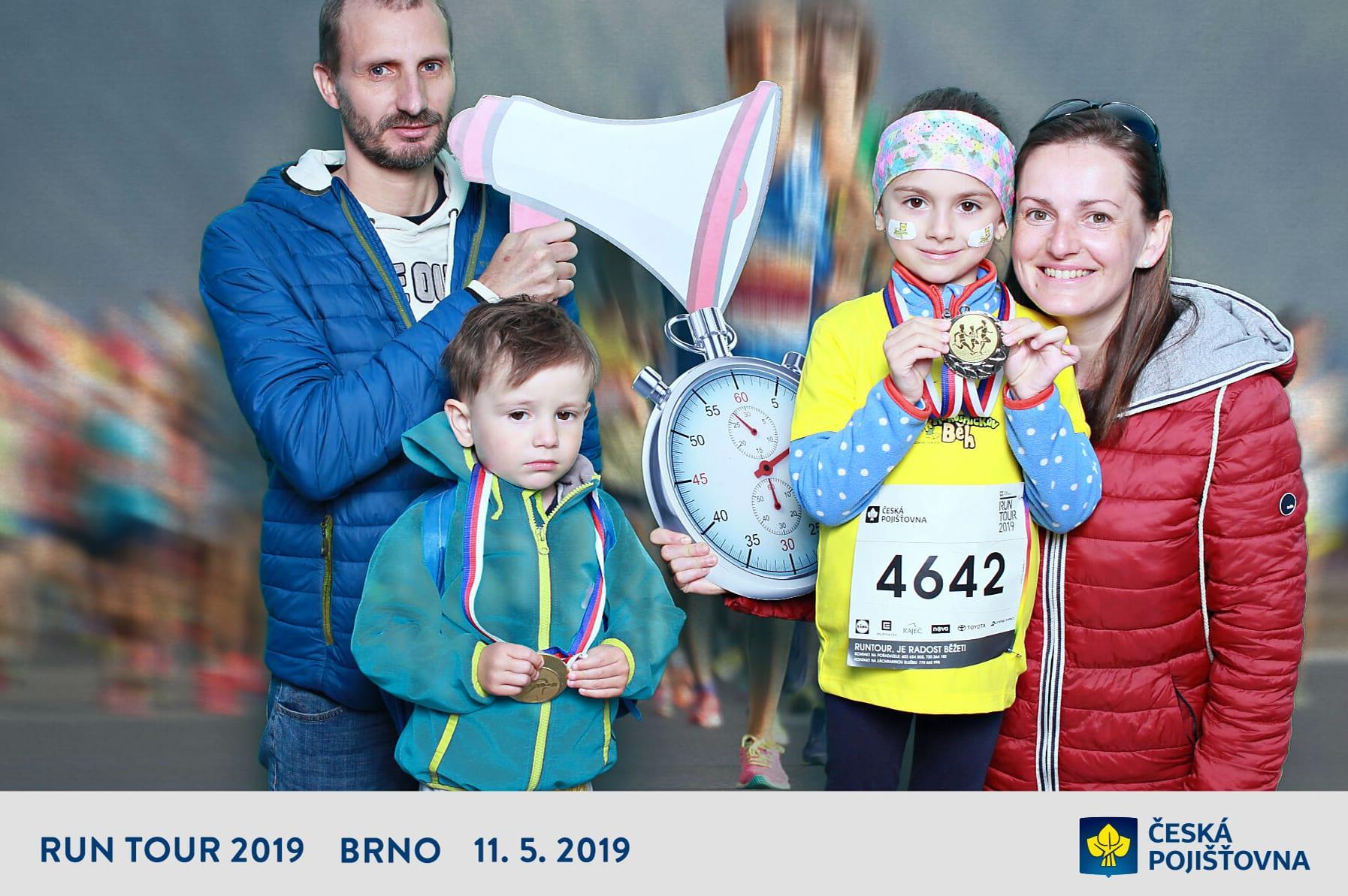 fotokoutek-ceska-pojistovna-run-tour-2019-11-5-2019-604675
