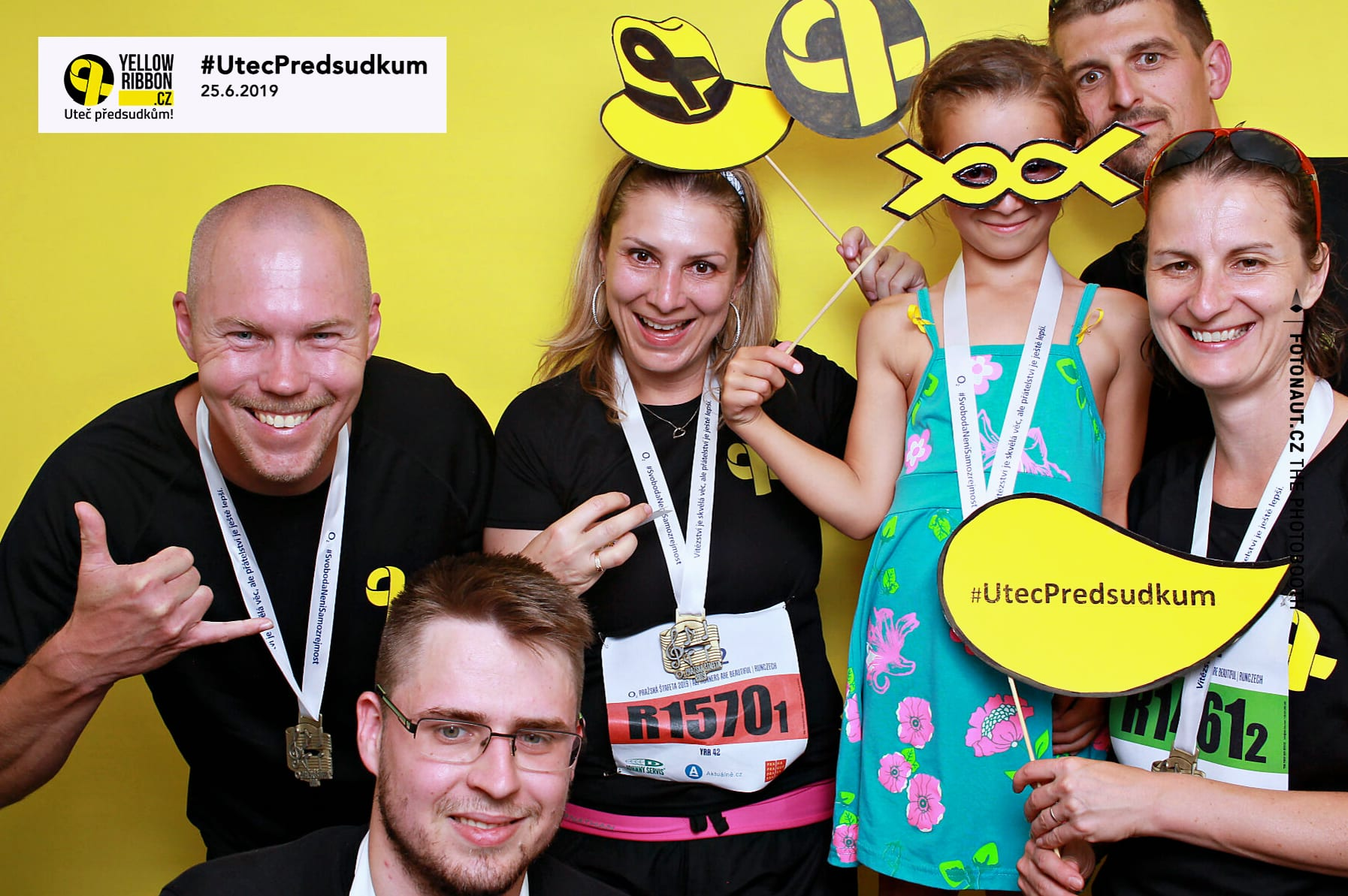 fotokoutek-festival-praha-yellow-ribbon-25-6-2019-638183