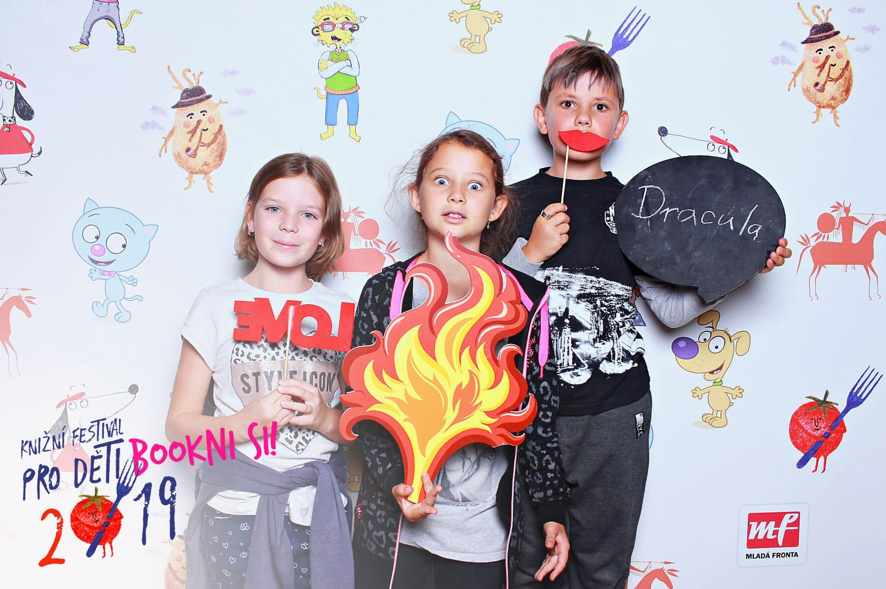 fotokoutek-festival-praha-bookni-si-17-9-2019-652571