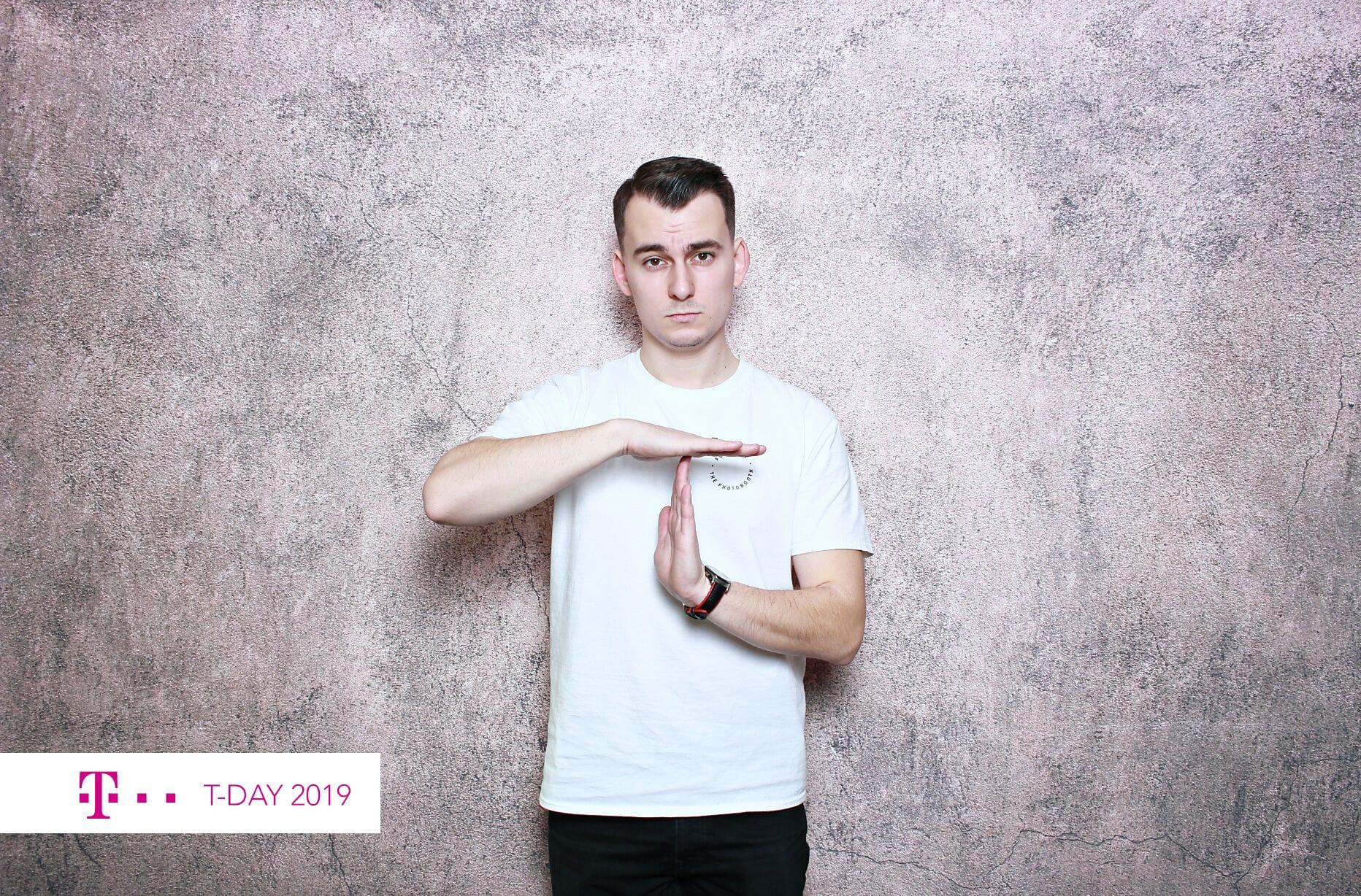 fotokoutek-praha-promo-akce-t-day-14-11-2019-670739