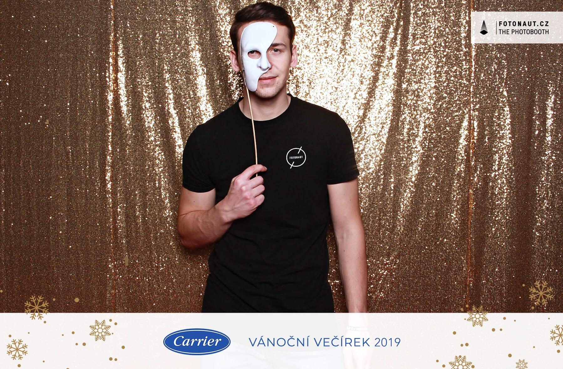 fotokoutek-praha-vanocni-vecirek-carrier-2-13-12-2019-693208