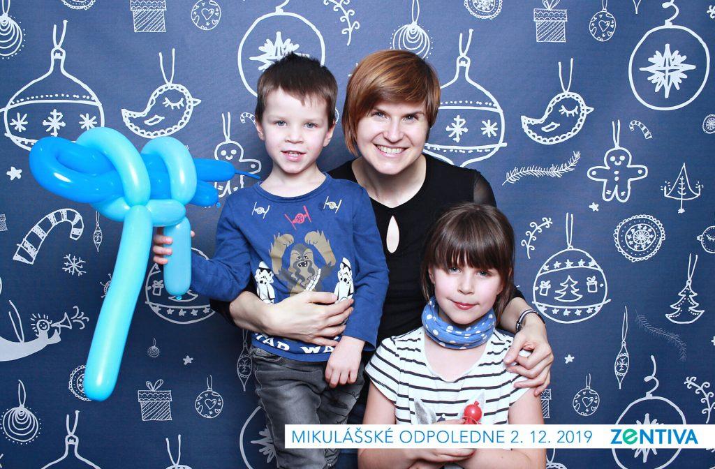 fotokoutek-family-day-praha-vanocni-vecirek-zentiva-2-12-2019-677372