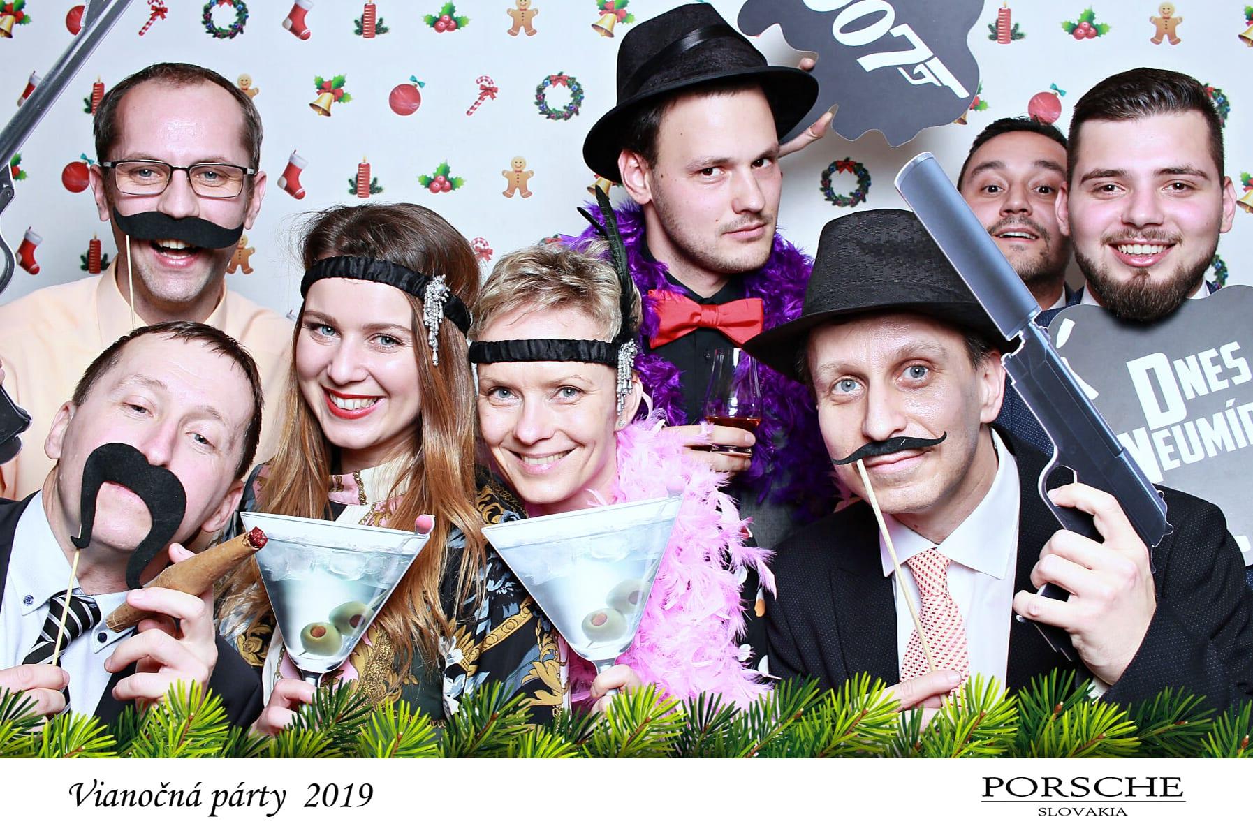 fotokoutek-bratislava-vanocni-vecirek-porsche-slovakia-vianocna-party-12-12-2019-687560