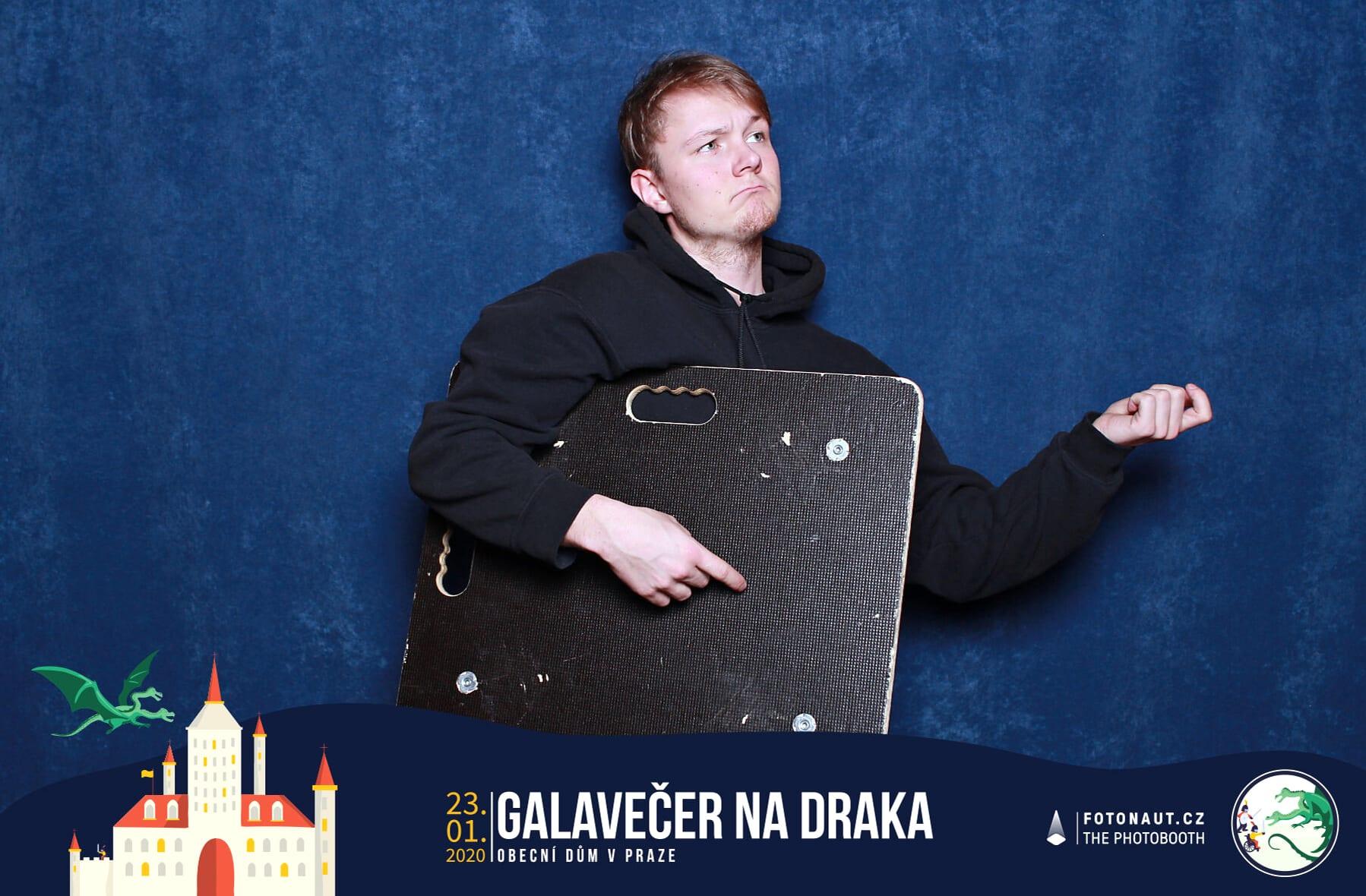 fotokoutek-galavecer-praha-galavecer-na-draka-23-1-2020-713133