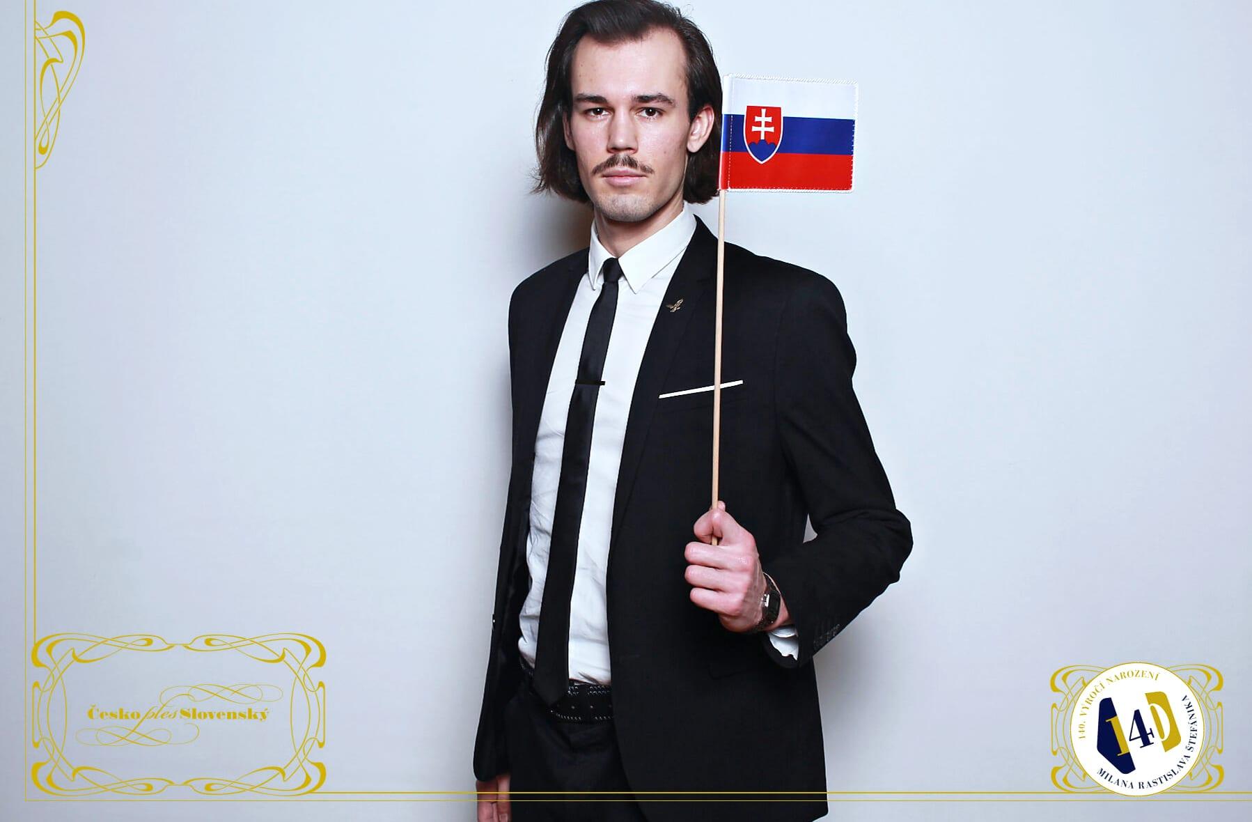 fotokoutek-ples-praha-ceskoslovensky-ples-8-2-2020-718408