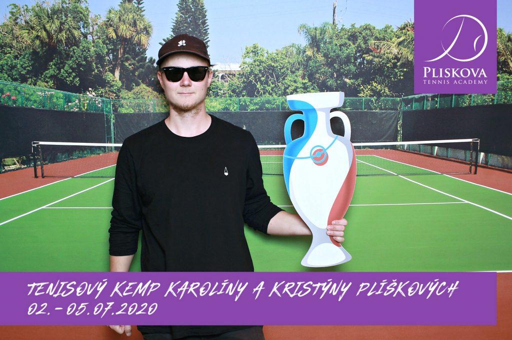 fotokoutek-family-day-praha-tenisovy-kemp-karoliny-a-kristyny-pliskovych-5-7-2020-725241